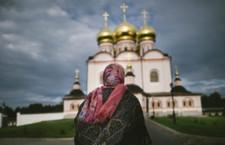 נפשות מתות בין מוסקבה לסנט פטרבורג/ אלן בארי, ניו יורק טיימס