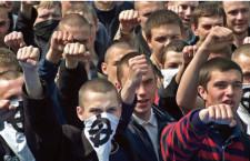 """""""אנטישמיות באינטרנט פגעה ב־69% מהנוער/יורי ילון"""""""